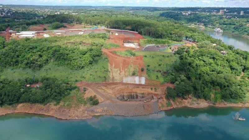 Eixo-da-Ponte-com-vista-para-o-Paraguay